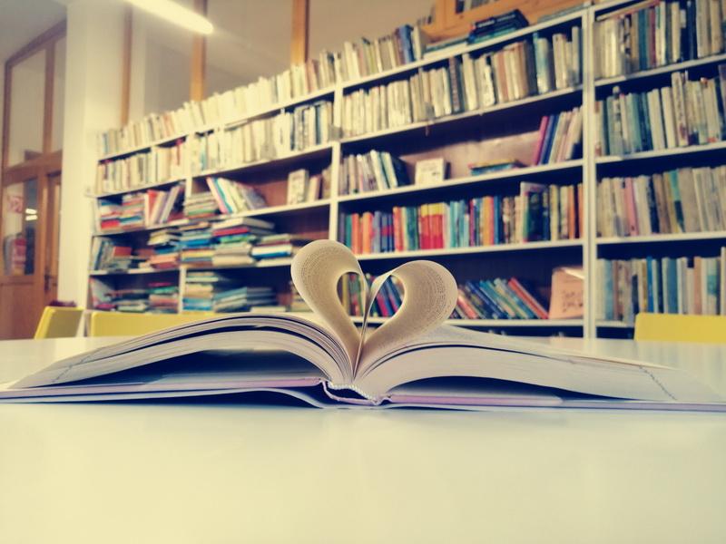 Oficiálné stránky mesta Poltár - Marec – mesiac knihy